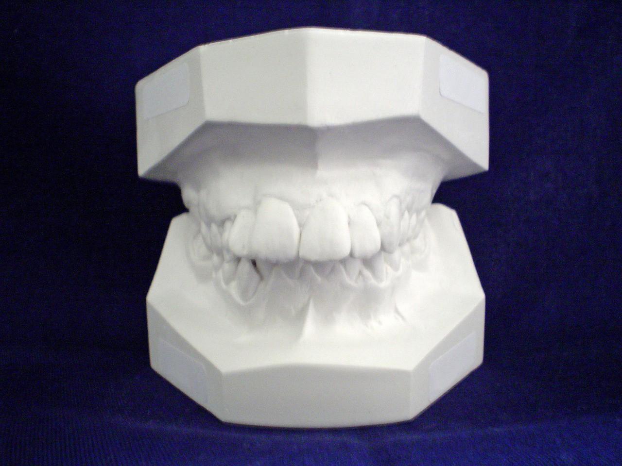 O zęby dbajmy w każdym wieku